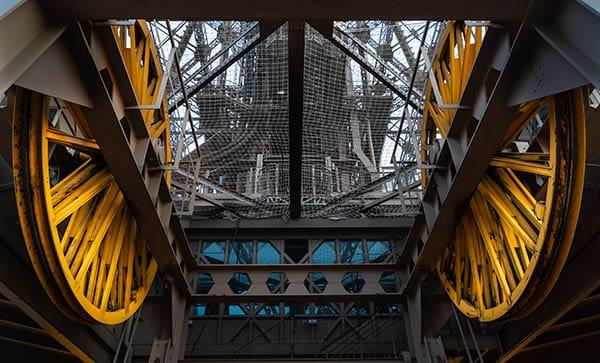 Eiffel tower pully wheels