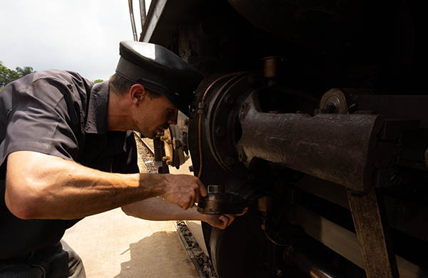 steam train engineer south africa raw no settings before